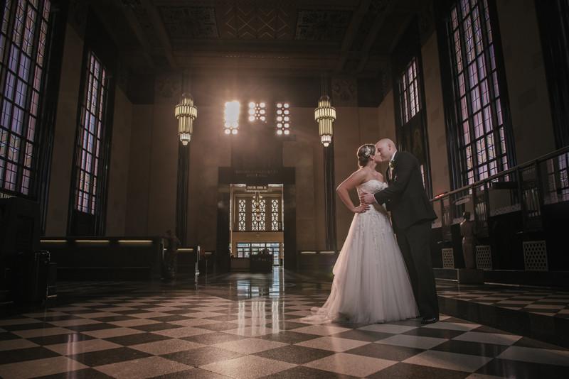 Liliedahl-Imaging-omaha-durham-museum-wedding