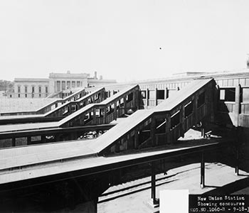 Union Station track access
